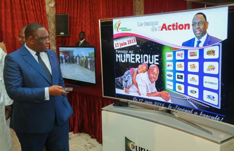 Discours de Monsieur le Président de la République à l'occasion du passage de la télévision analogique à la télévision numérique.